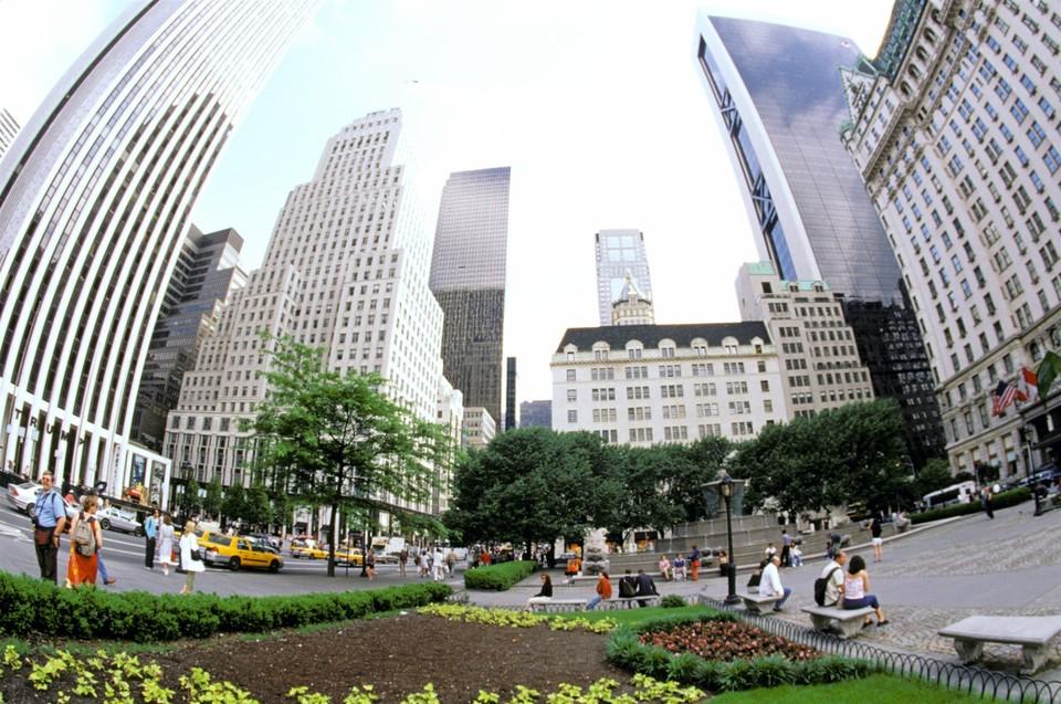 Квартира, принадлежавшая Рокфеллеру, занимает весь пятнадцатый этаж в доме на Пятой Авеню.