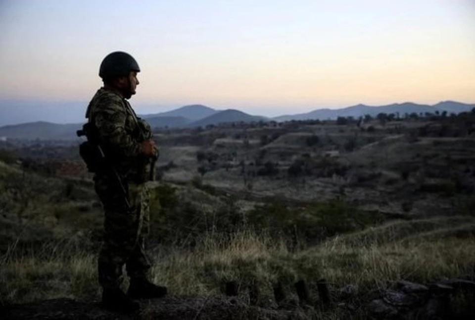 Первый борт МЧС РФ со специалистами для помощи Нагорному Карабаху приземлился в Ереване