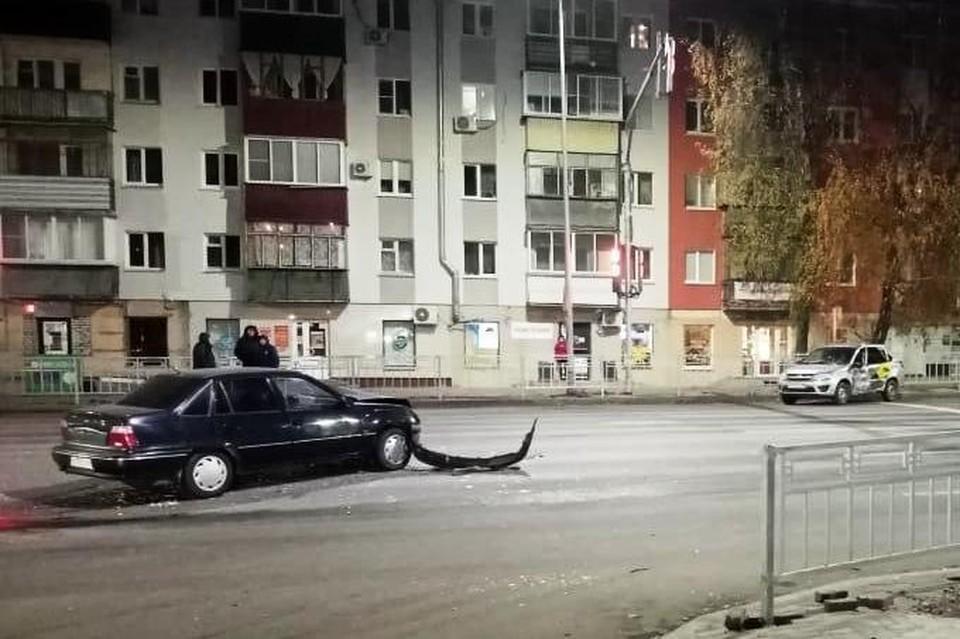 """В столкновении иномарки и """"Лады"""" пострадали 4 человека"""