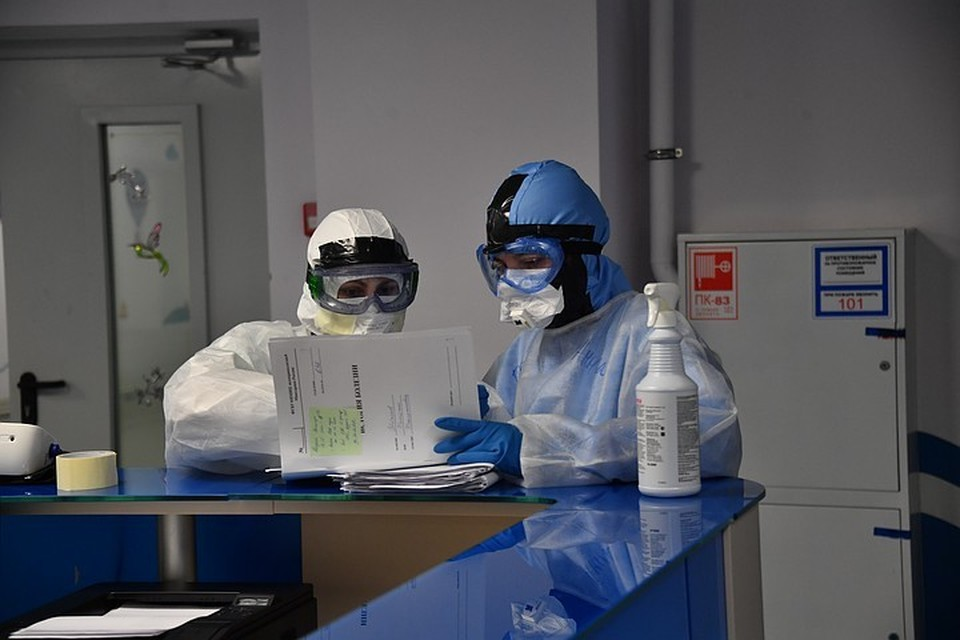 За сутки в Москве выявлено 7168 новых заразившихся коронавирусом
