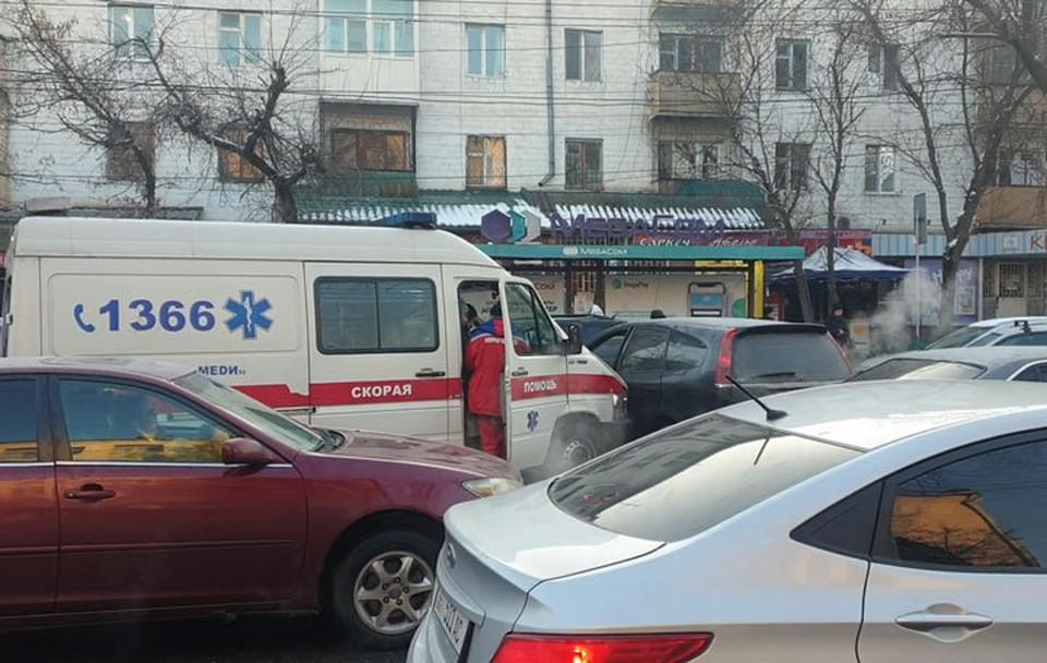 Очередное ДТП с участием Скорой в Бишкеке (Кадр видео: ИА 24.kg).
