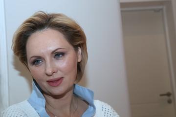 «После этого коронавируса сил нет, мертвый лежишь»: как восстанавливаются Елена Ксенофонтова и Борис Корчевников