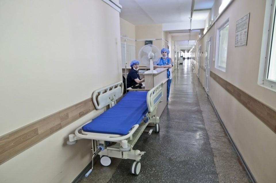 Свои соболезнования выразил министр здравоохранения Крыма Александр Остапенко