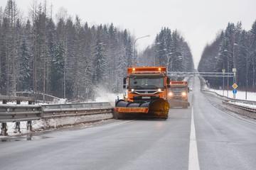 Дорога – как посуда: эксперты раскрыли секрет успеха в уборке снега
