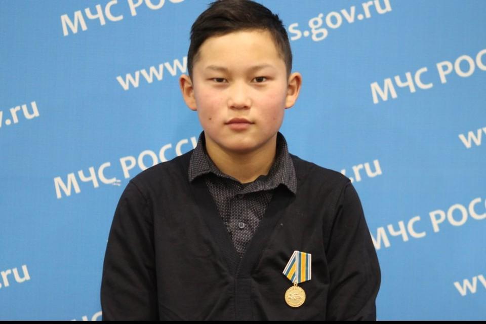13-летний школьник проплыл 1,5 километра, чтобы спасти ребенка. Фото: ГУ МЧС России по Иркутской области