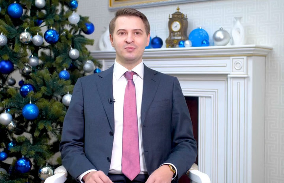 И.о. главы правительства записал новогоднее обращение для кыргызстанцев.