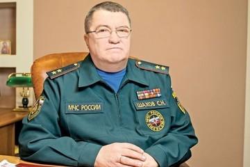 Начинал пожарным, стал министром: от COVID-19 скончался министр чрезвычайных ситуаций Крыма