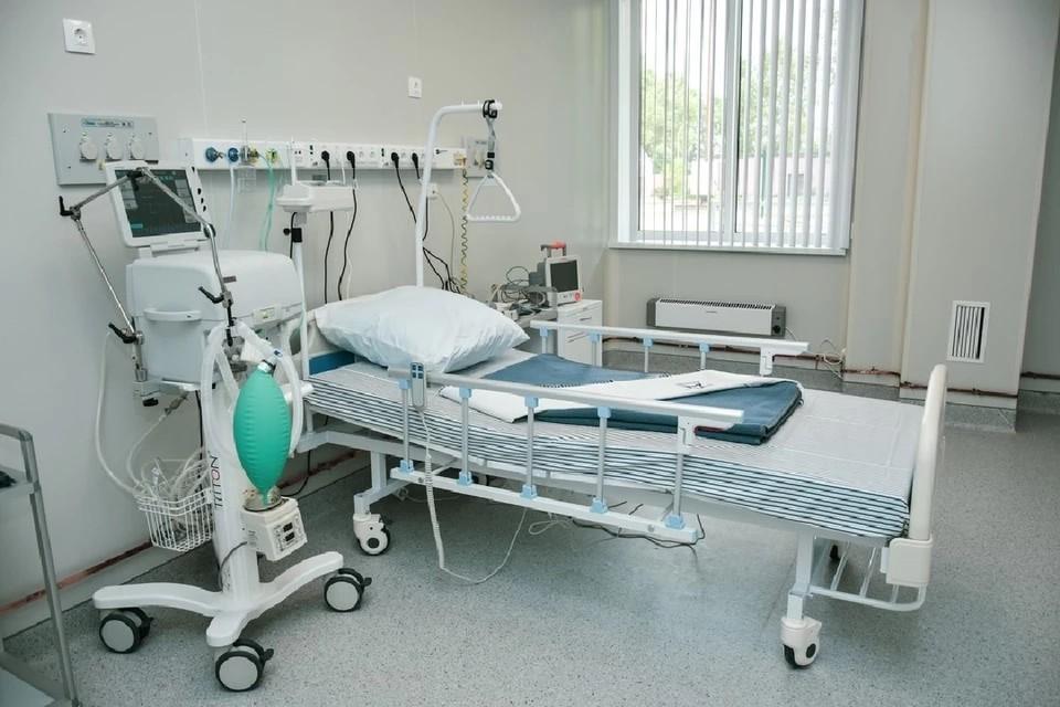 С начала пандемии от коронавируса умерло больше тысячи человек.