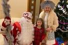 Костюмерная в подъезде и пар из жидкого азота: что нужно Деду Морозу, чтобы подарить волшебство юным петербуржцам