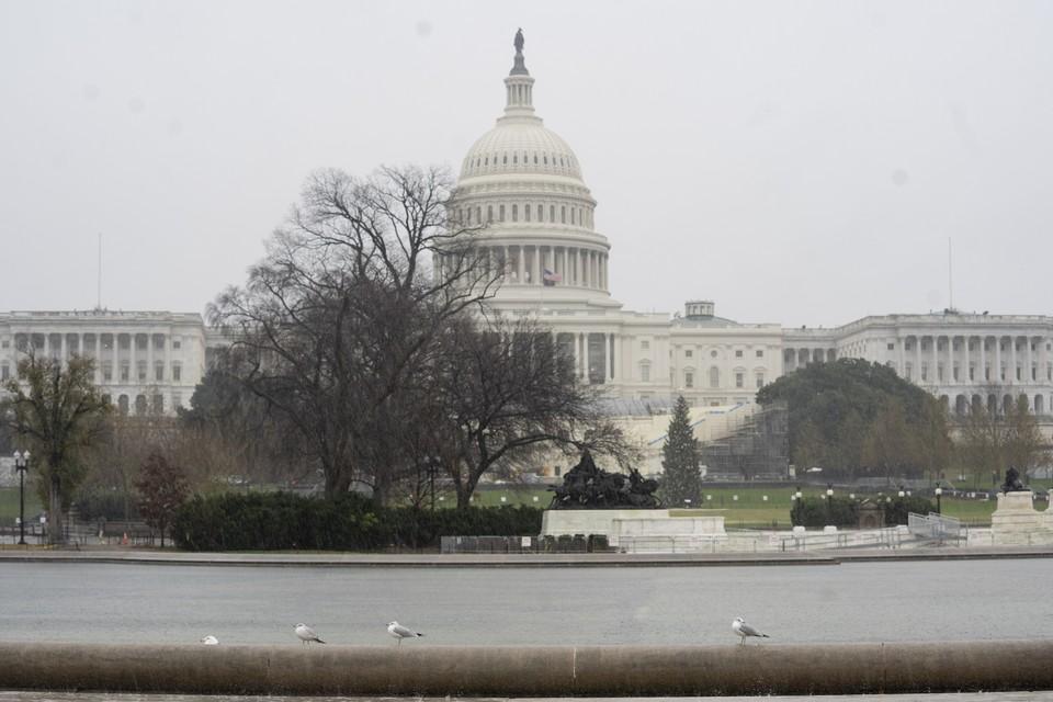 Неизвестные угрожали направить самолет на Капитолий из-за убийства Сулеймани