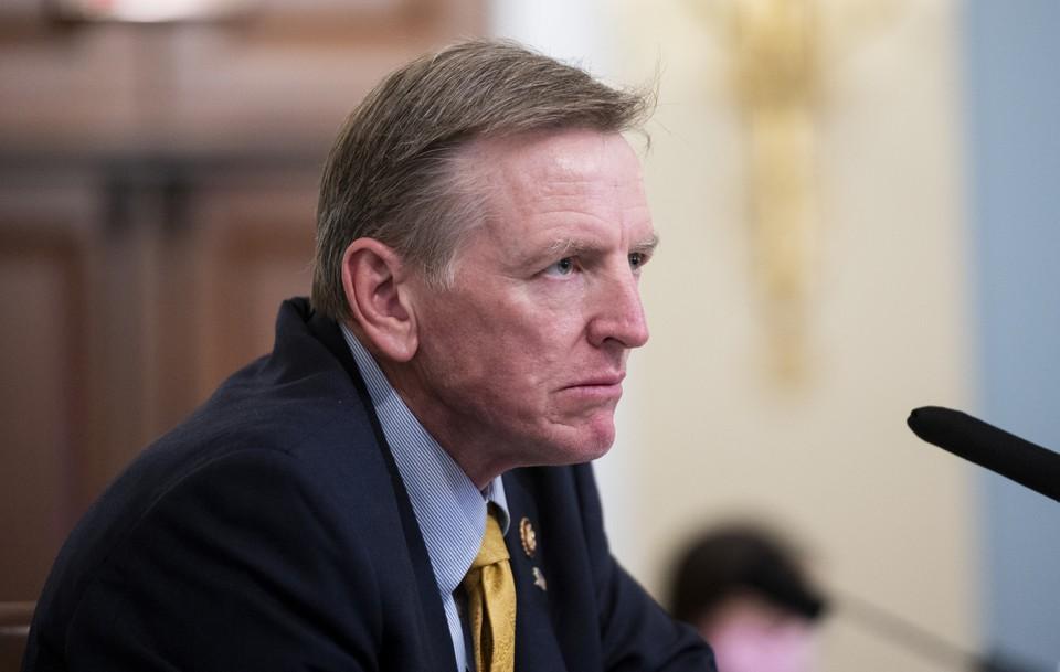 Заседание Конгресса США по утверждению итогов президентских выборов приостановили.