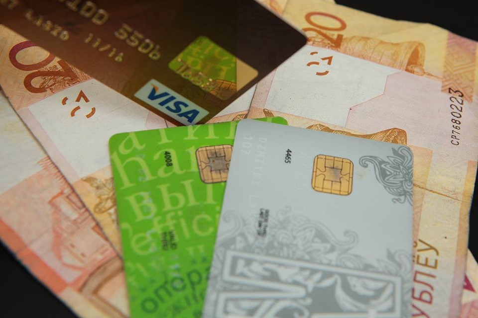 Девушка, у которой нет белорусских банковских карточек, рассказала, как мошенники убеждали ее передать им данные.