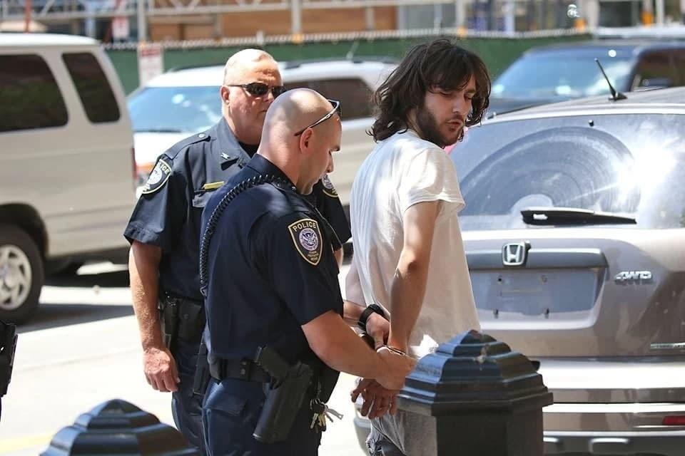 Осуждённый за бостонский теракт Джохар Царнаев потребовал от властей США 250 тысяч долларов