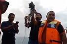Самолет разбился в Индонезии: на борту было 59 человек