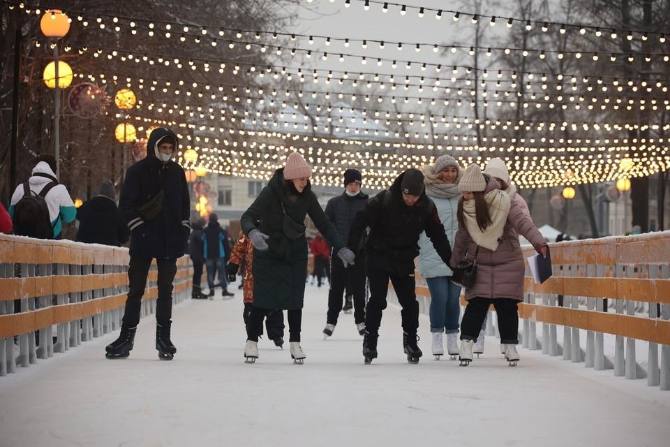 Каток «как в Москве» пользуется популярностью у челябинцев