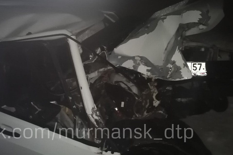 "По факту аварии проводится проверка. Фото: ""Мурманск ДТП ЧП"""