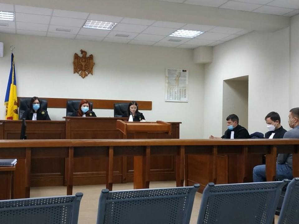 Показания основателей и директоров трех компаний, упоминавшихся в отчете Kroll, были заслушаны во время процедуры пересмотра дела, по которому Платона приговорили к 18 годам лишения свободы. Фото: ZdG