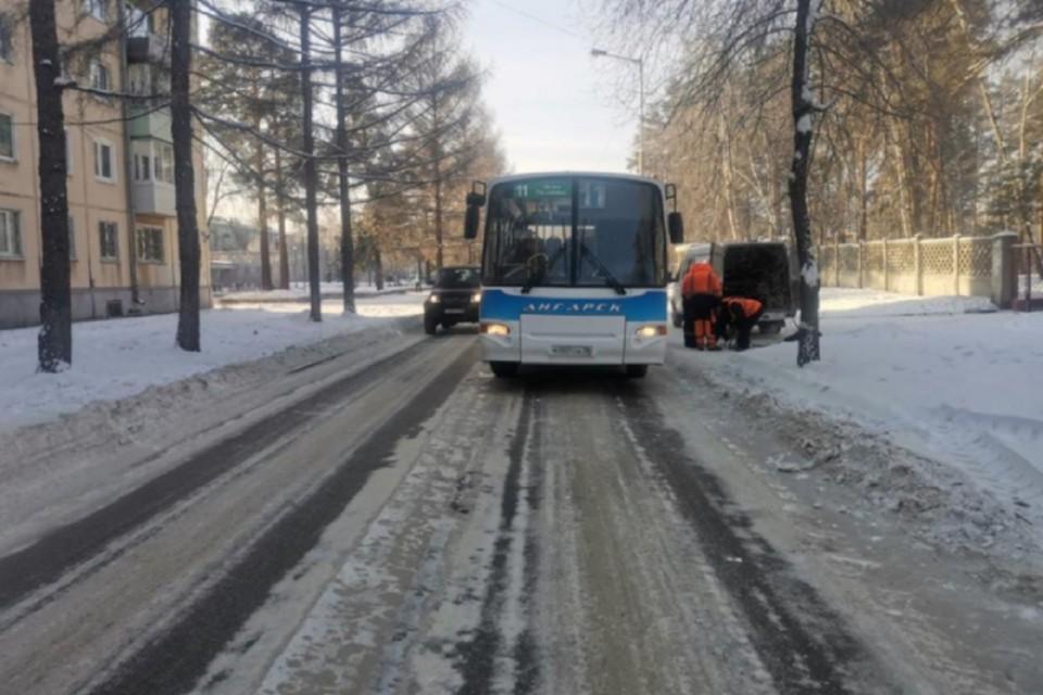Автобус сбил мужчину в Ангарске. Фото: ГУ МВД России по Иркутской области