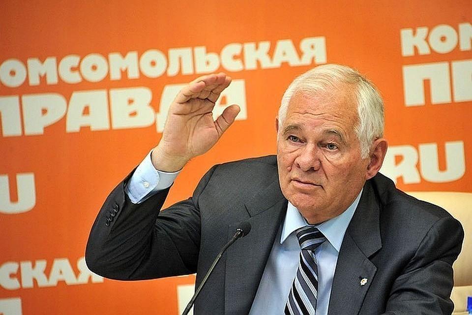 Леонид Рошаль сделал прививку