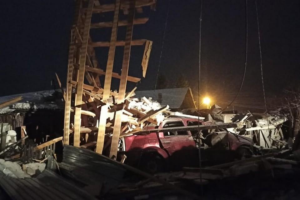 В Красноярском крае прямо в гараже взорвался автомобиль. Фото: ЧП Лесосибирск