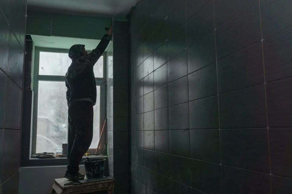 Ремонт в спортшколе. Фото: Антон Губанов