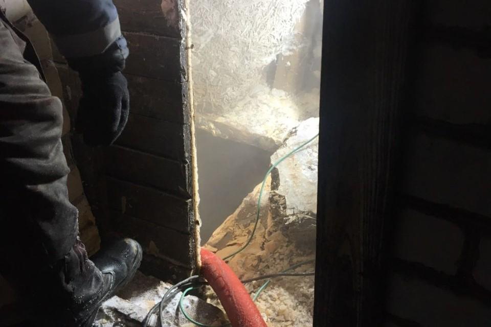 Специалисты слили воду из водонапорной башни и системы. Фото: 43.mchs.gov.ru