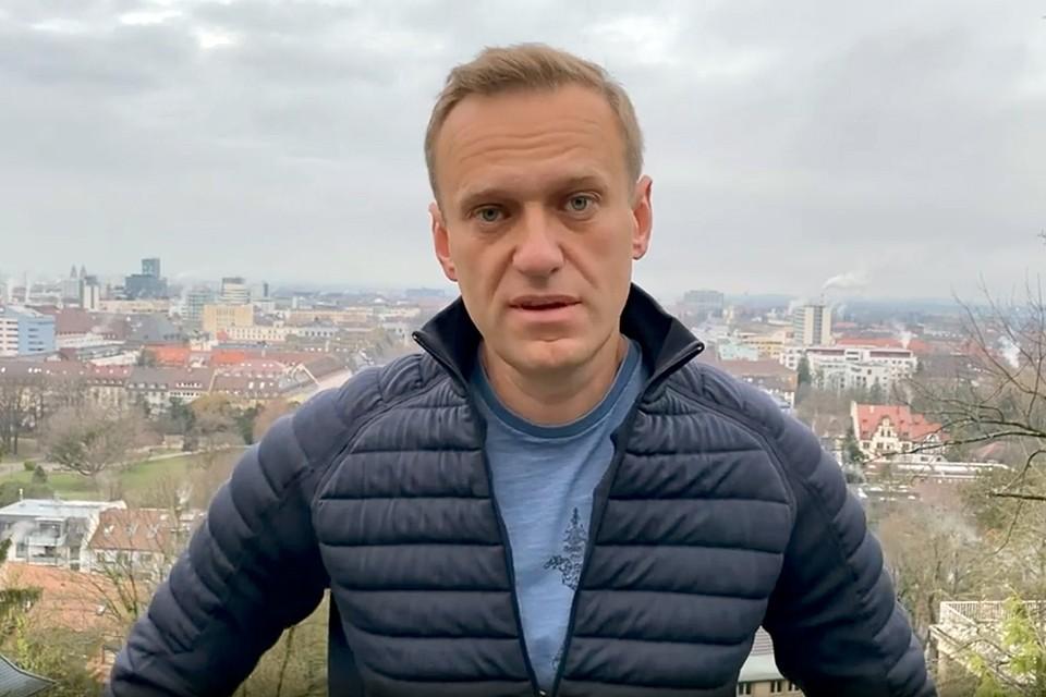 Алексей Навальный заявил, что 17 января он возвращается в Россию из Германии