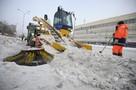 В мэрии Екатеринбурга сказали, кто виноват в плохой уборке снега и это... автомобилисты