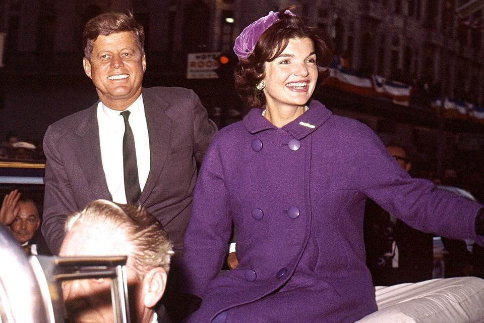 Джон Кеннеди с супругой Жаклин в Нью-Йорке, 1960 год.