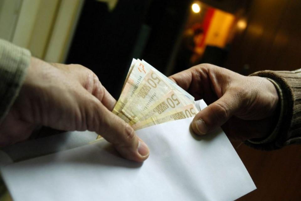 Коррупция в Молдове все еще один из видов бизнеса. Фото korupciya.com.