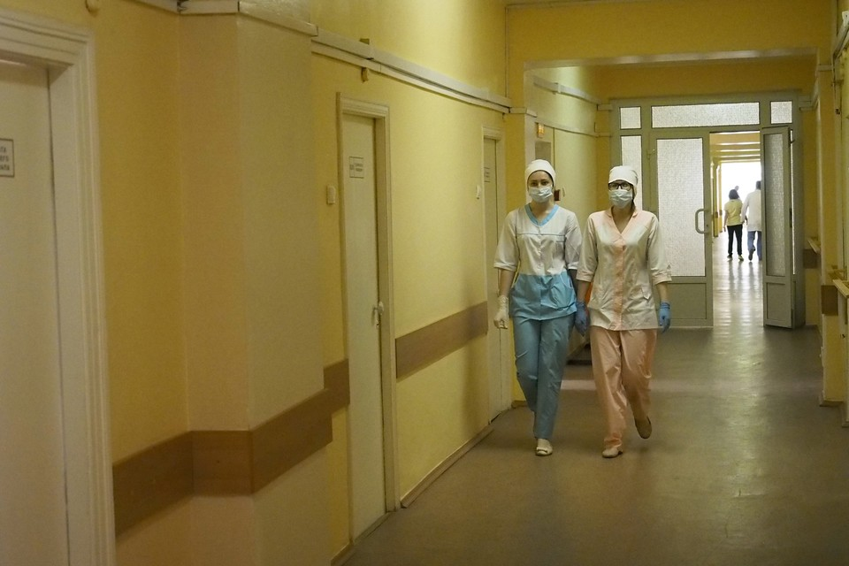Средняя заработная плата медиков в Брянской области по итогам 2020 года составила 57783 рублей.