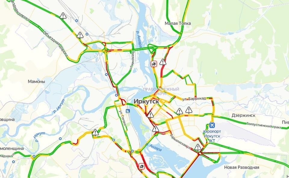 Пробки в 10 баллов парализовали движение в Иркутске вечером 10 февраля.