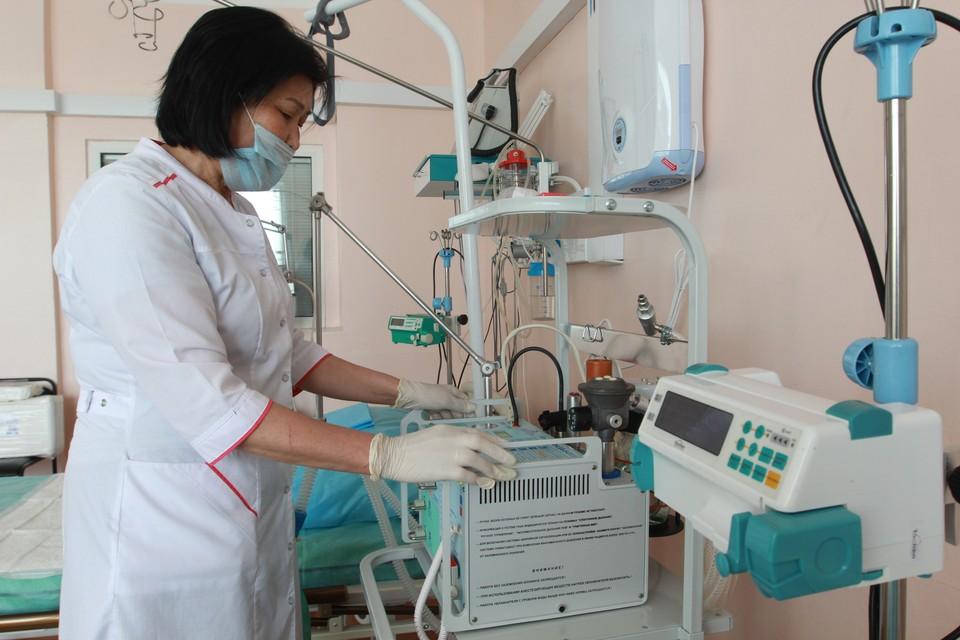 В инфекционных стационарах республике от COVID-19 сейчас лечатся 240 человек.