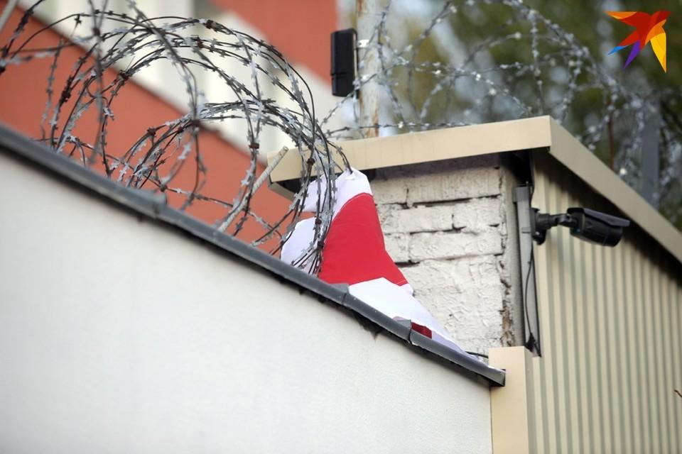 С конца января задержанным в ИВС Жодино и Окрестина не брали передачи для задержанных из-за коронавируса.
