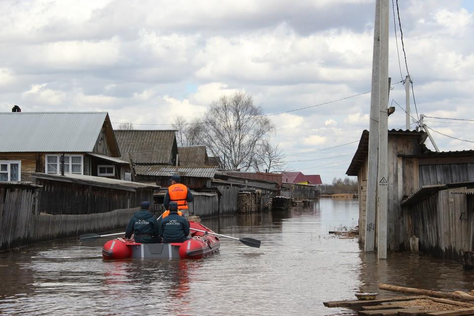 Под воду могут уйти 10 объектов экономики, 4 социально-значимых объекта, 21 автомобильный мост