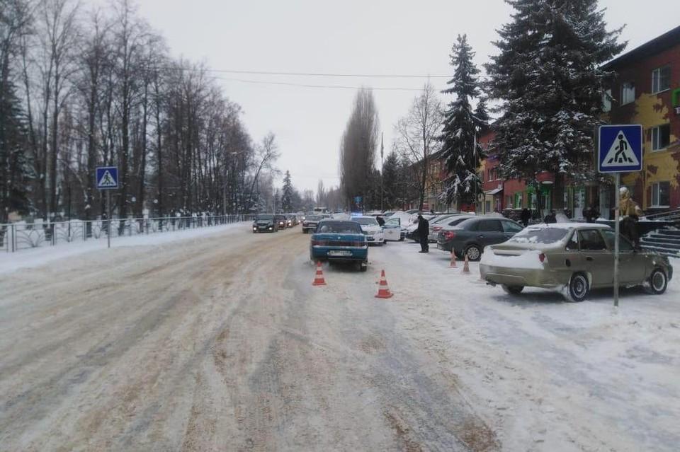 За сутки в Липецкой области водители сбили двух женщин