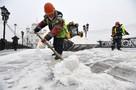 Снегопад 12 февраля 2021 в Москве: «черная» метель и бесконечные пробки
