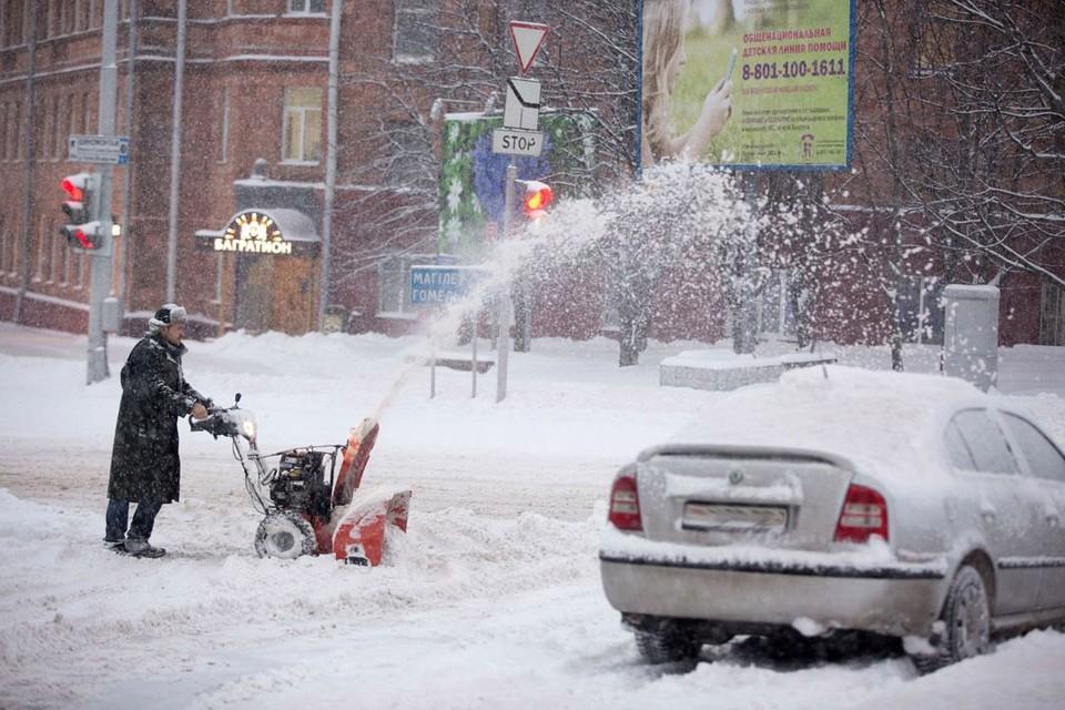 Сложная обстановка на дорогах возникла в Могилевской области из-за погоды.