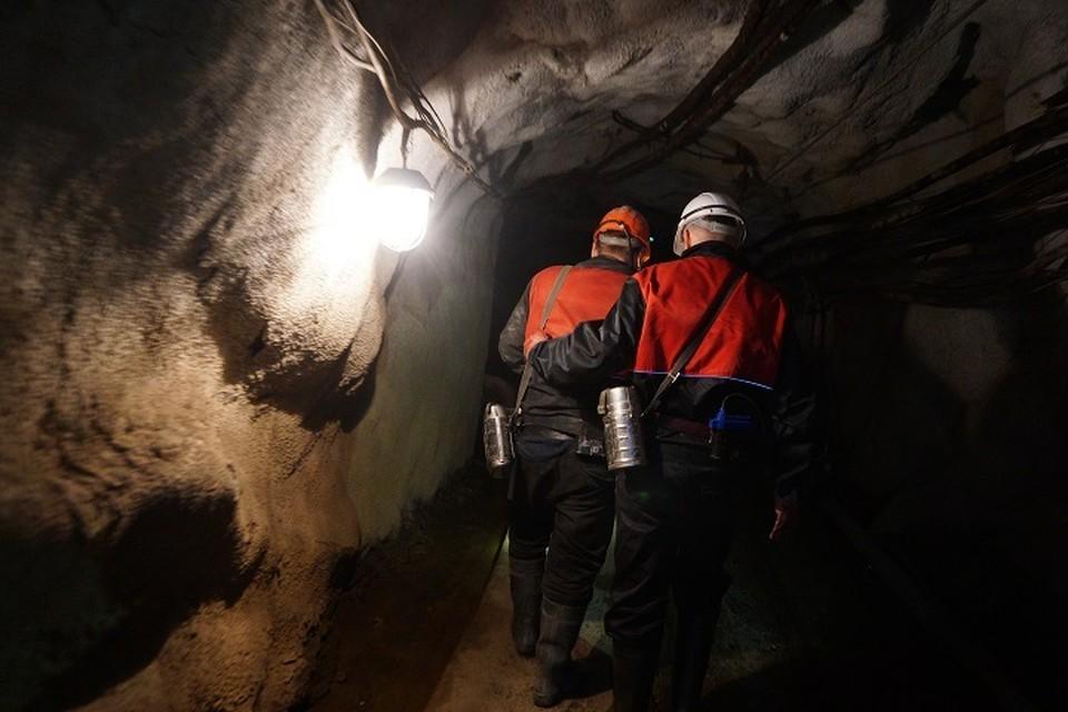 Один человек погиб во время обрушения на шахте в Кузбассе