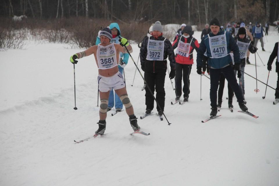 Специально для гонки была обустроена лыжня в ленточном бору