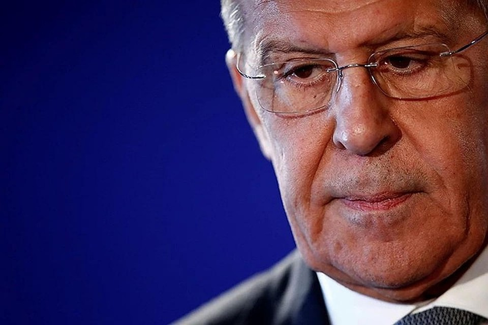 Лавров назвал печальным призыв США с подозрением относиться к «Спутнику V»