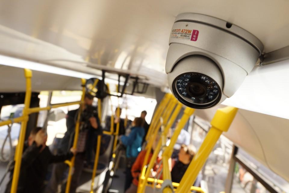 Среди прочего, у новых камер улучшенное разрешение матрицы и больший объем жесткого диска.
