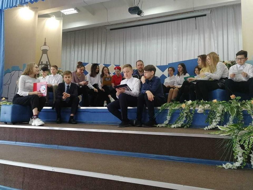 Красноярские школьники после уроков сочиняют музыку и стихи Фото: администрация города