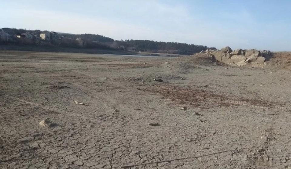 В конце августа столица Крыма перешла на почасовую подачу воды