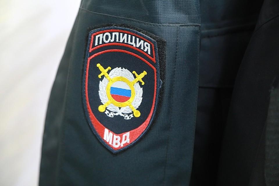 В Красноярске неизвестный бросил к машине председателя городского совета депутатов зажженную пиротехнику