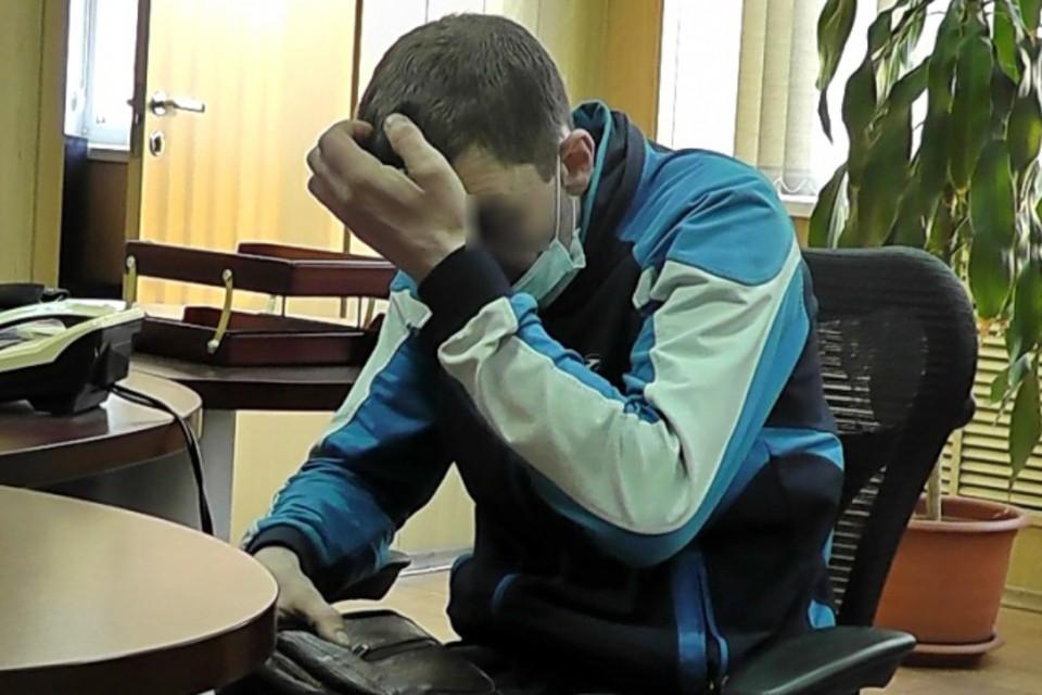 Тракторист из Братска «подарил» мошенникам 900 тысяч рублей, которые откладывал для новорожденной дочери