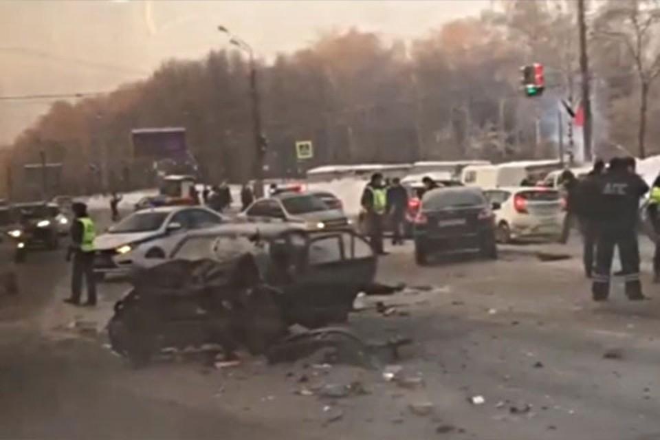В аварии на проспекте Гагарина погибли два человека.