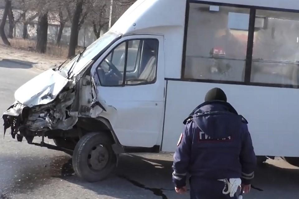 Вчера подобное ДТП произошло в Луганске. Фото: МЧС ЛНР