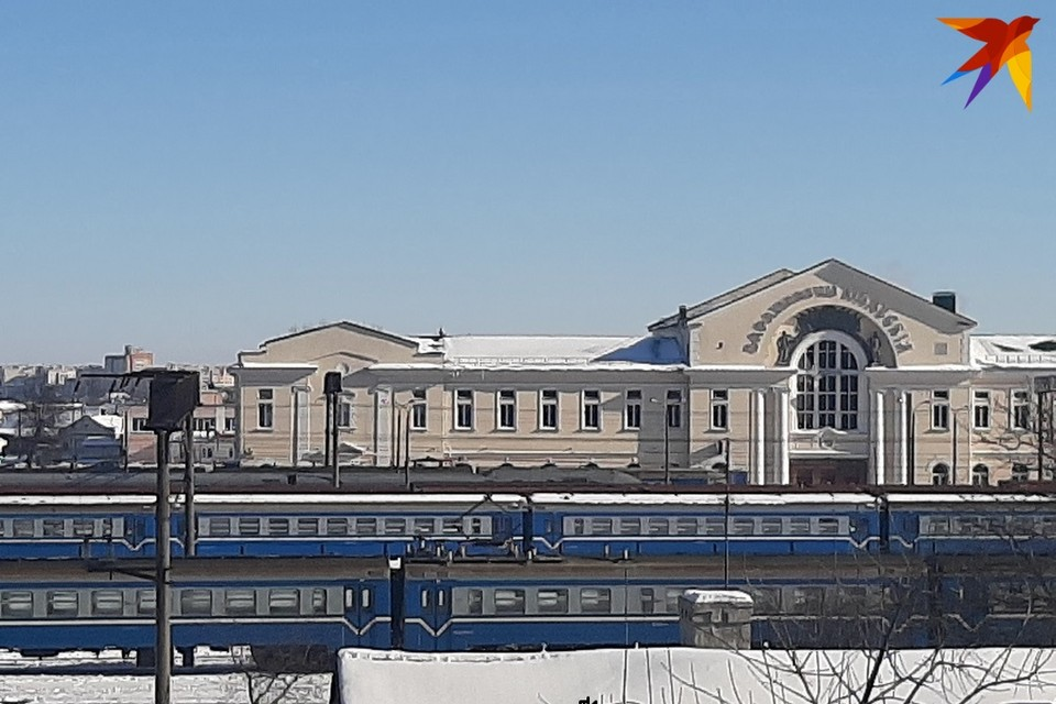 Россия и Беларусь продолжают восстанавливать железнодорожные пассажирские перевозки после пандемии.