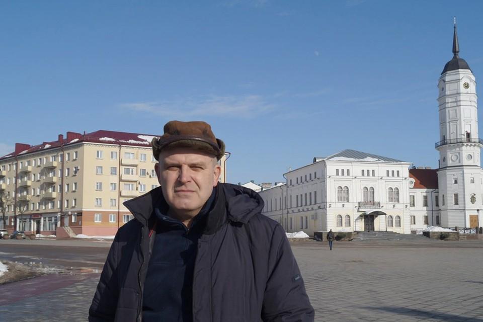 Часовщик Геннадий Головчик уволился в знак протеста. Фото: svaboda.org